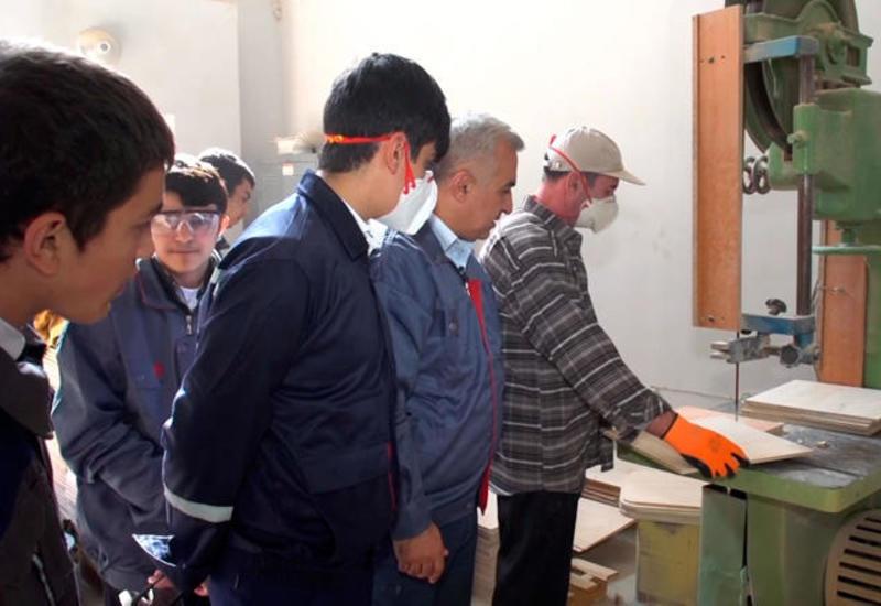 Заведения профобразования на оккупированных территориях Азербайджана приостановили свою работу