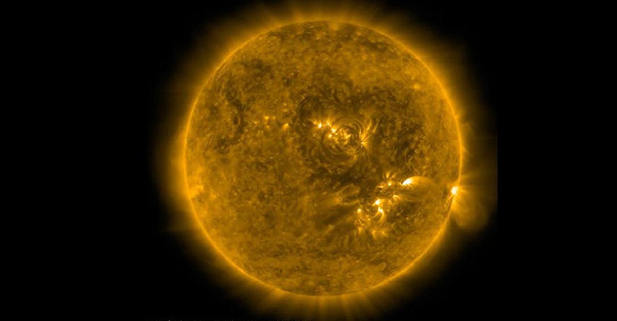 На Солнце появилось «сердечко» размером в миллион километров