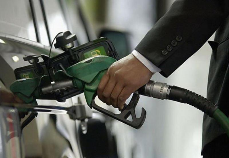 Азербайджан поднял цены на некоторые марки бензина