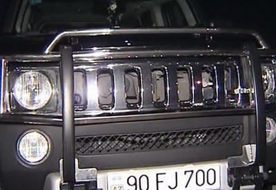"В Баку журналистка на ""Hummer"" сбила врача <span class=""color_red"">- ФОТО</span>"