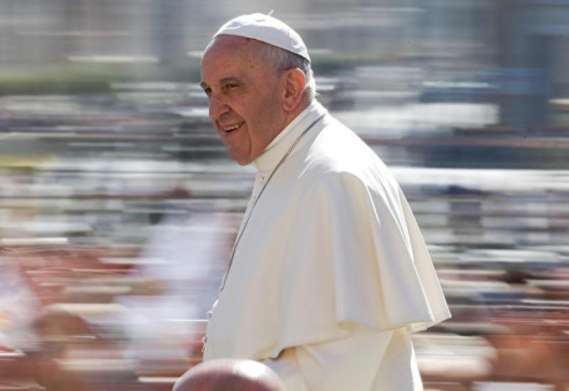 Число подписчиков папы Римского превысило 40 млн.