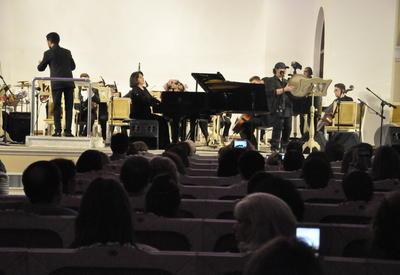 """Пикя Ахундова собрала на сцене Филармонии известных исполнителей <span class=""""color_red"""">- ФОТО</span>"""