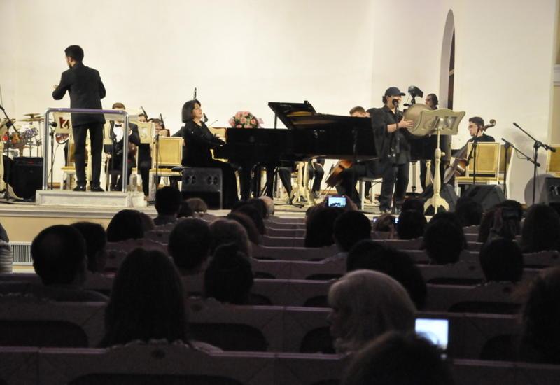 Пикя Ахундова собрала на сцене Филармонии известных исполнителей