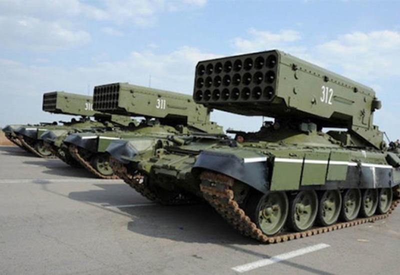 Россия вооружает сумасшедший армянский режим. Баку ждет ответа