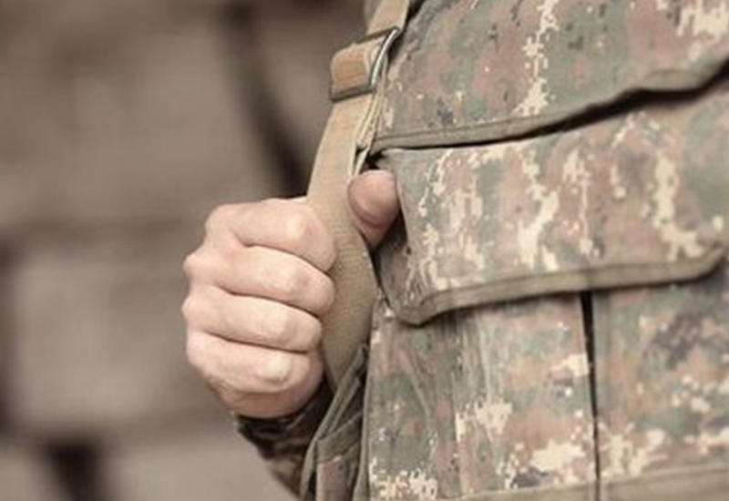 Армянские солдаты продолжают просить деньги на еду