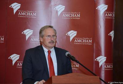 """Посол США об экономических реформах в Азербайджане <span class=""""color_red"""">- ФОТО</span>"""