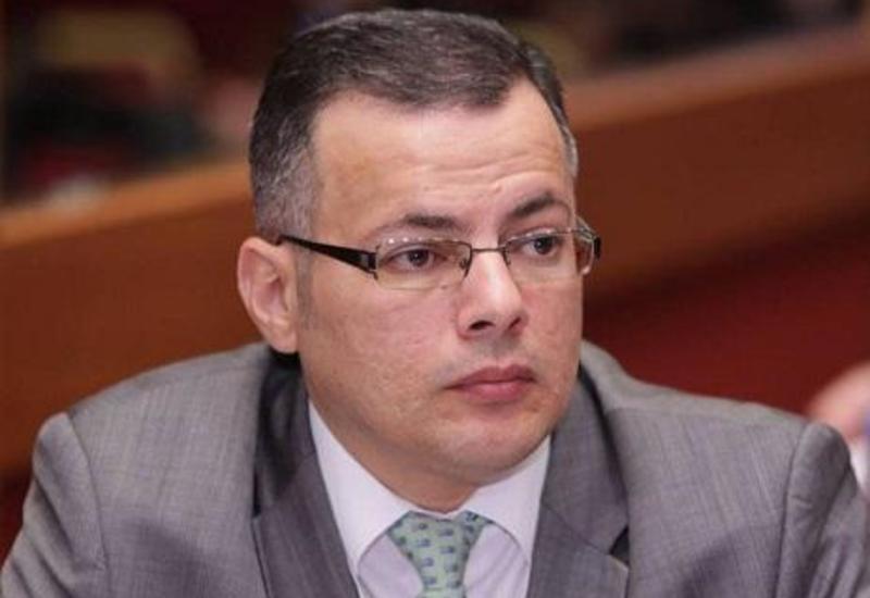 Вюсал Гасымлы: Применение технологии блокчейн облегчит межбанковские операции в Азербайджане