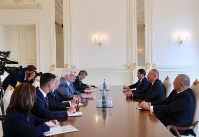 """Президент Ильхам Алиев: К странам-членам программы """"Восточного партнерства"""" должно проявляться одинаковое отношение <span class=""""color_red"""">- ФОТО</span>"""