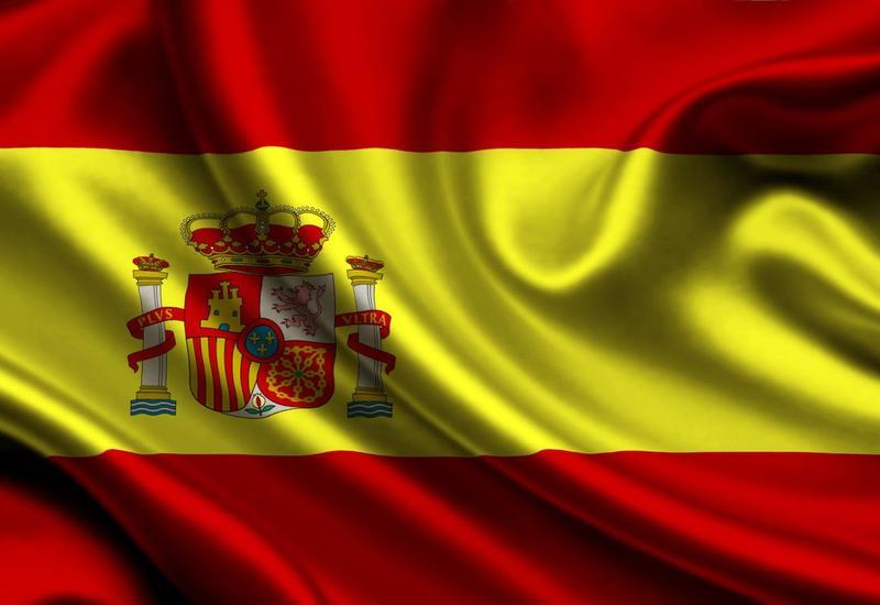 Испанские власти пригрозили Каталонии приостановить автономию региона