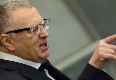 Жириновский предложил отменить в России новогодние праздники