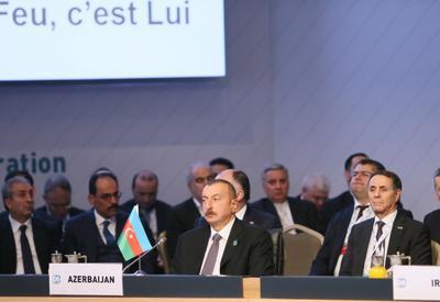 "Президент Ильхам Алиев принял участие в IX саммите ОЭС D-8 в Стамбуле <span class=""color_red"">- ОБНОВЛЕНО - ФОТО</span>"