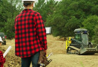 """Американец создал трактор с автопилотом за $15 млн. <span class=""""color_red"""">- ВИДЕО</span>"""