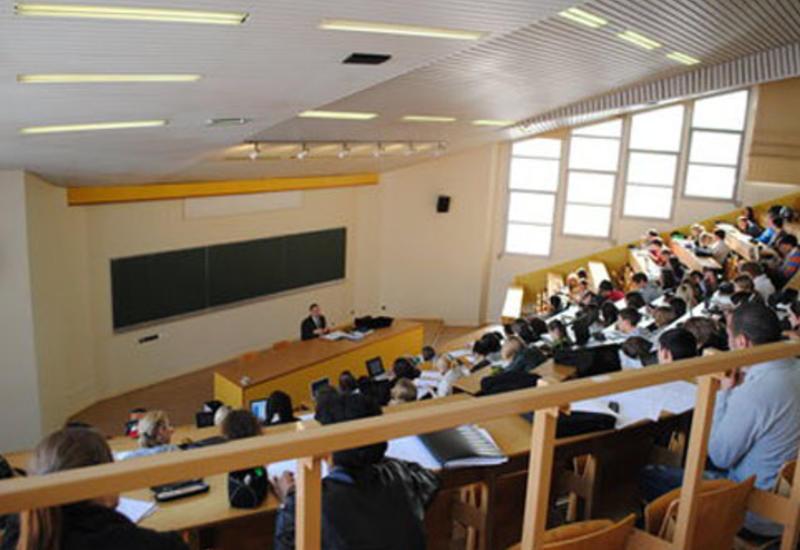 Азербайджан может создать Фонд содействия образованию