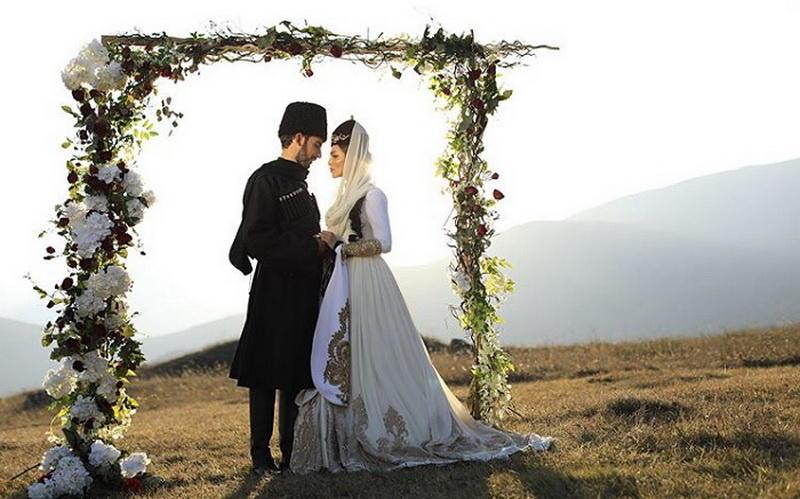 Сати Казанова сыграла свадьбу вевропейском стиле иподелилась первыми снимками