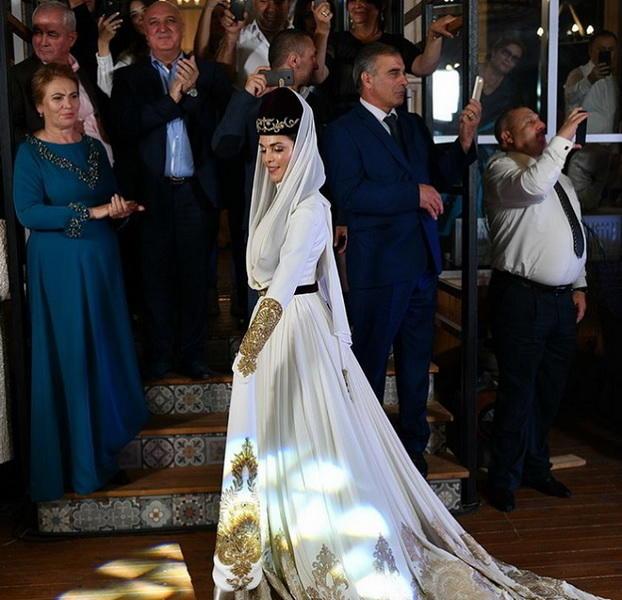 4 свадьбы кавказская свадьба
