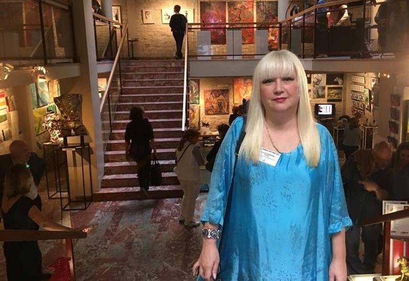"""Картины азербайджанской художницы на престижной выставке в Париже <span class=""""color_red"""">- ФОТО</span>"""