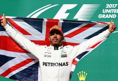 Британский пилот Льюис Хэмилтон стал победителем Гран-при США