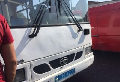 В Баку автобус сбил насмерть женщину