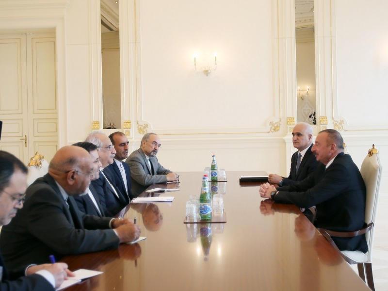 ВАзербайджанской столице прибыл министр экономики Ирана