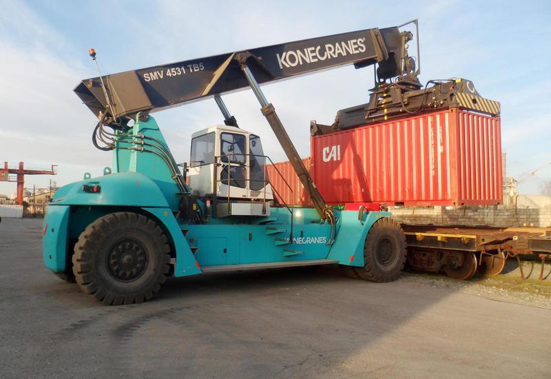 В Азербайджане учредили компанию для контейнерных перевозок