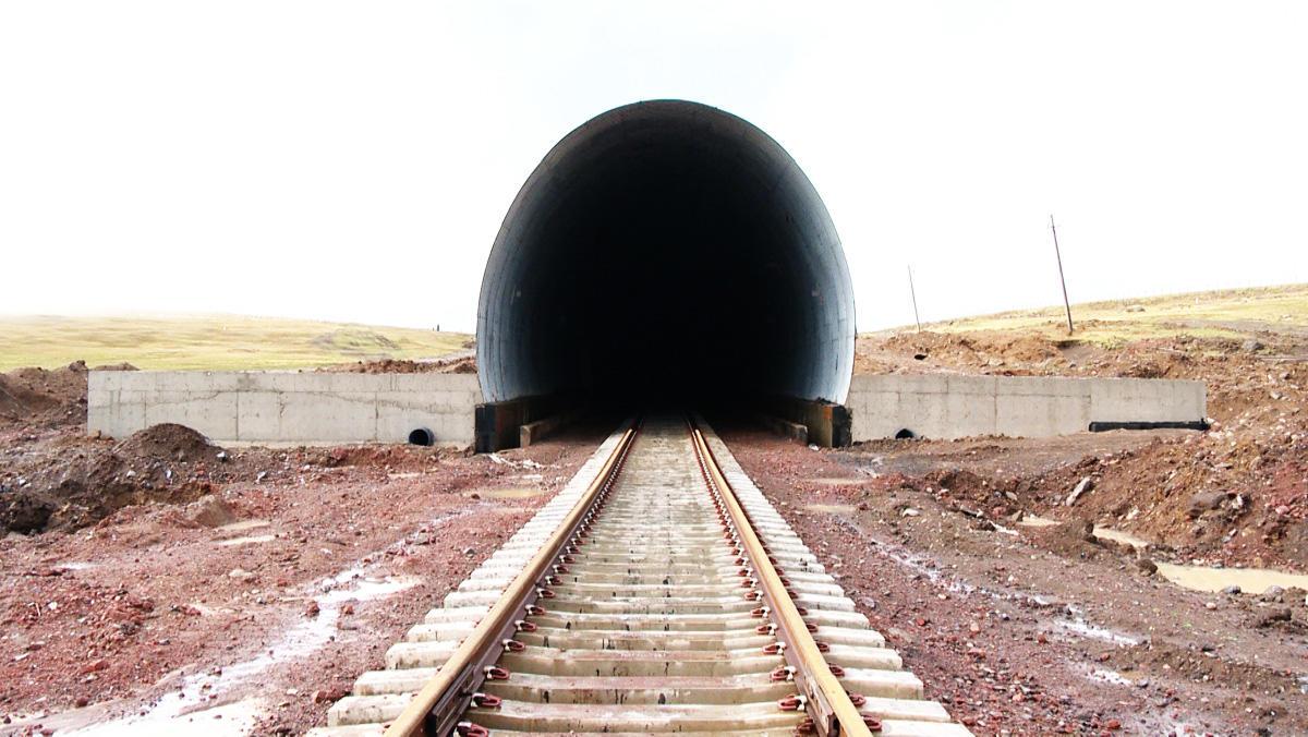 ВАзербайджане ввели встрой железную дорогу стратегического значения