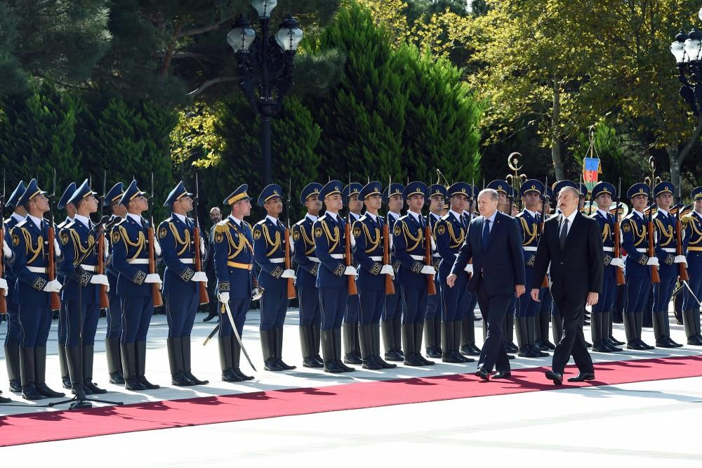 Турецко-азербайджанские связи находятся навысоком уровне— Алиев
