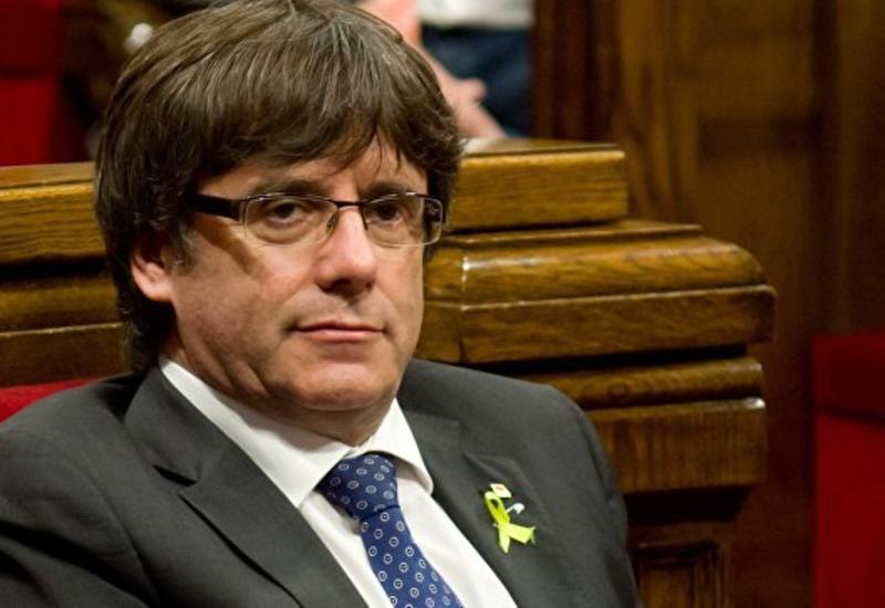 В Испании потребовали объявить Пучдемона в розыск