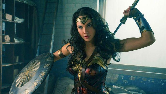 Самым кассовым фильмом опроисхождении супергероя стала «Чудо-женщина»
