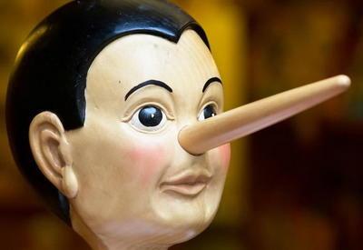 """10 признаков того, что ваш собеседник лжет <span class=""""color_red"""">- ФОТО</span>"""