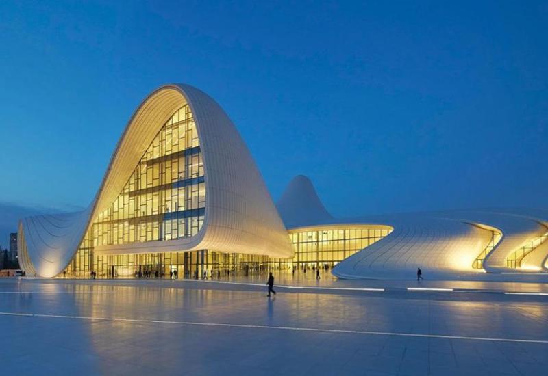 Баку вошел в топ-5 городов мира с самой необычной архитектурой