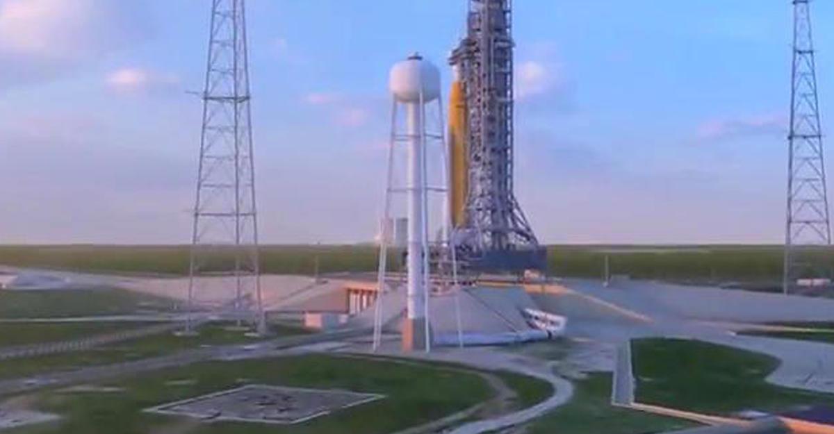 NASA вкоторый раз отложило запуск сверхтяжёлой ракеты SLS