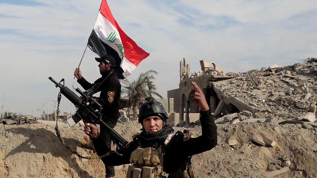 ВИраке найдено захоронение стелами 400 жертв боевиковИГ