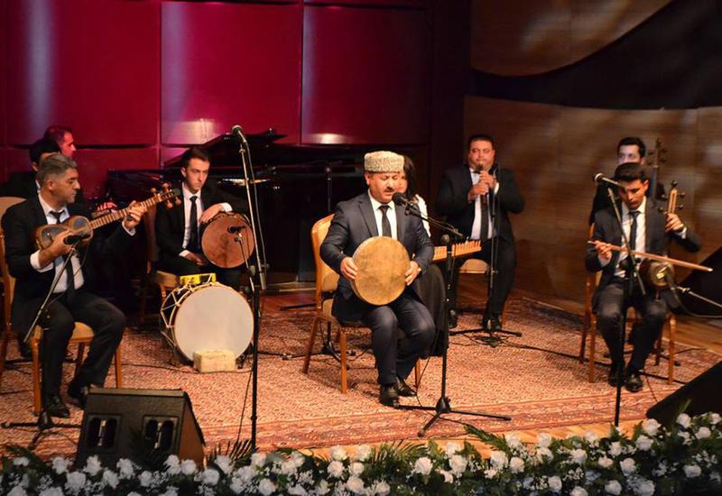 """В Центре мугама прошел концерт """"Nəqşi Сahan sədası"""""""