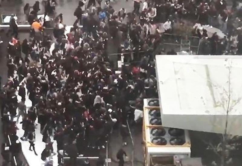 Поклонники интернет-звезды устроили погром в центре Брюсселя