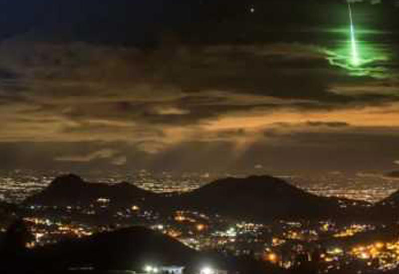 Падение метеора в Финиксе попало на камеры