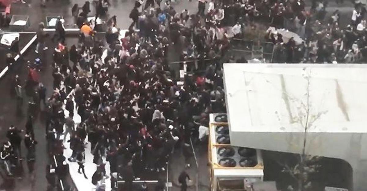 Милиция Брюсселя задержала неменее 30 участников вчерашних беспорядков