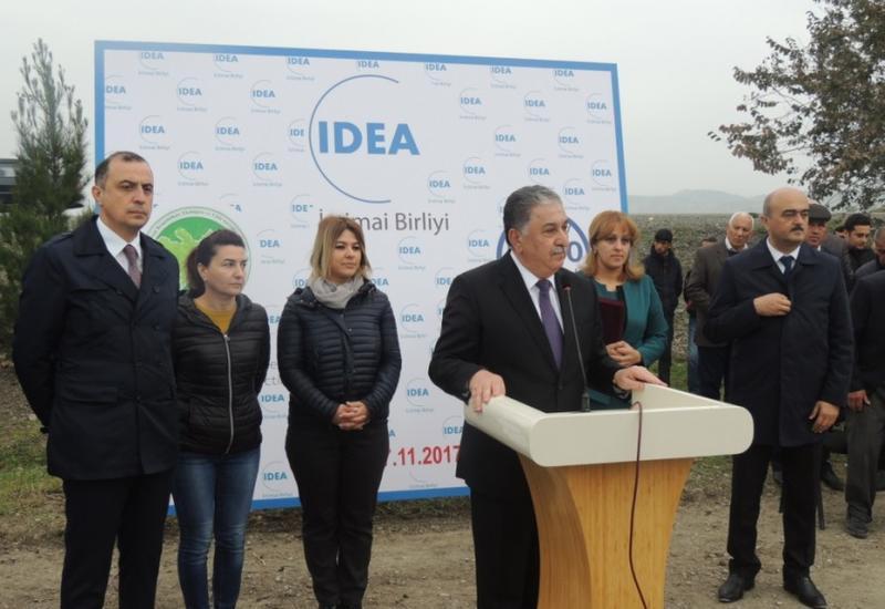 В Агдаше по инициативе Общественного объединения IDEA заложены фруктовые сады для малообеспеченных семей