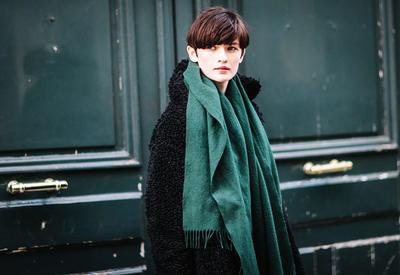 """Как носить шарф зимой - 15 стильных примеров <span class=""""color_red"""">- ФОТО</span>"""