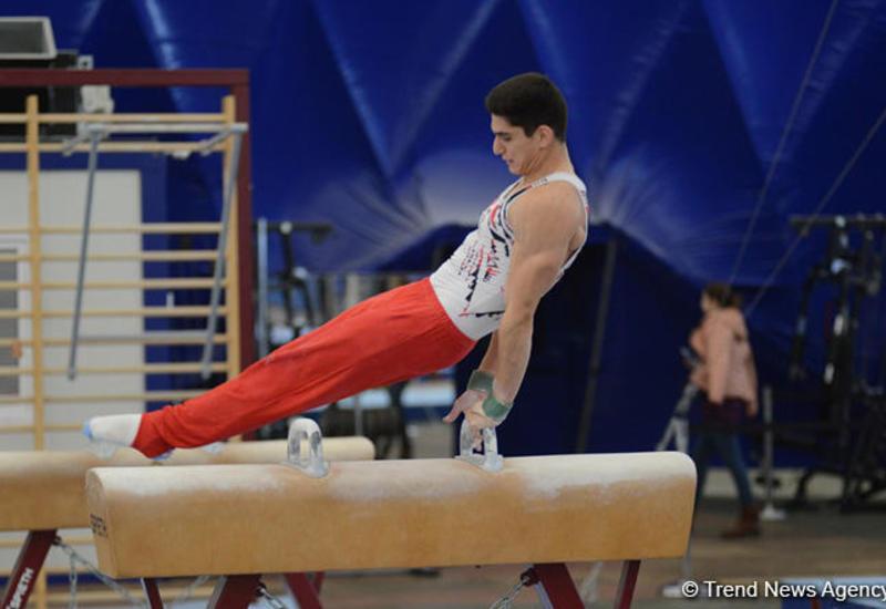 Стартовал второй день чемпионатов Азербайджана по спортивной гимнастике и акробатике