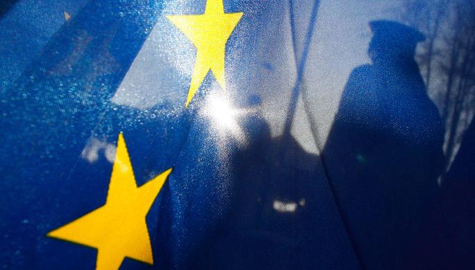 EC сократит финансовую помощь Турции