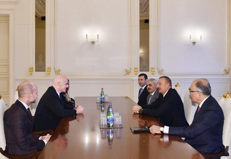"""Президент Ильхам Алиев принял президента и генсека ФИФА <span class=""""color_red"""">- ФОТО</span>"""