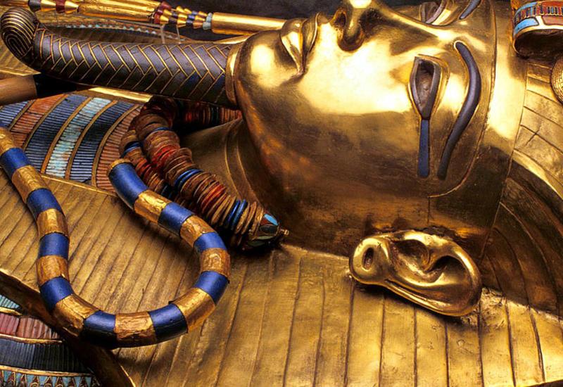 """В Египте впервые показали золотые украшения Тутанхамона <span class=""""color_red"""">- ВИДЕО</span>"""