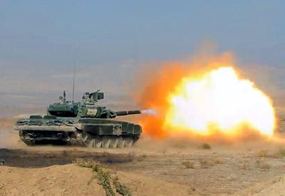 """Naxçıvanda tanklardan atəş açıldı, raketlər buraxıldı <span class=""""color_red"""">- VIDEO</span>"""