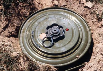 Очередной инцидент с миной в оккупированном Карабахе вызвал панику в Армении