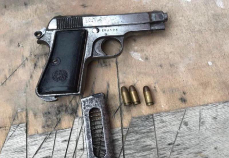В Баку задержаны торговцы оружием и наркотиками