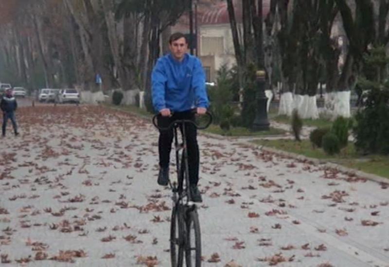 """Azərbaycanda iki mərtəbəli velosiped hazırlanıb <span class=""""color_red"""">- VİDEO</span>"""
