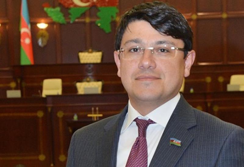 В Азербайджане предложено облегчить выдачу студентам образовательных кредитов