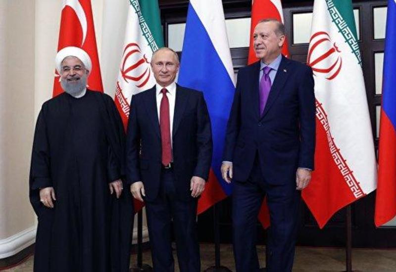 Лидеры РФ, Ирана и Турции приняли заявление по Сирии