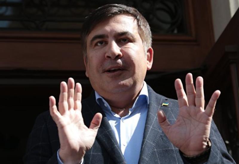 """Украинский депутат набросился с костылем на Саакашвили в телеэфире <span class=""""color_red"""">- ОБНОВЛЕНО - ВИДЕО</span>"""