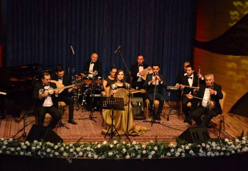 """В Центре мугама прошел первый сольный концерт Сабины Арабли <span class=""""color_red"""">- ФОТО</span>"""